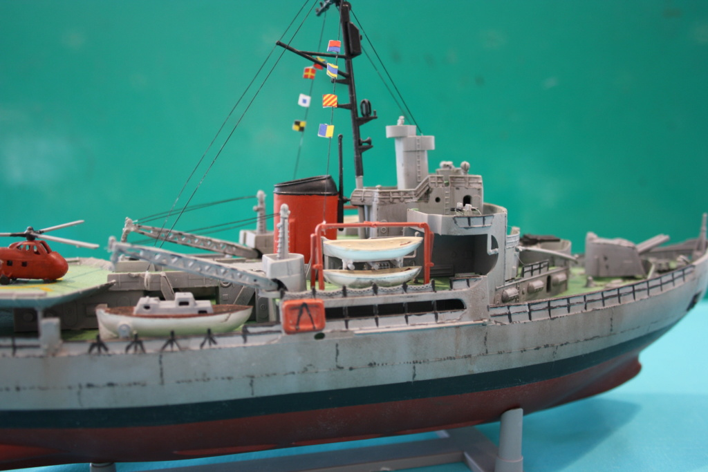 USS Burton Island 1/285 Revell de bismarck Img_0713