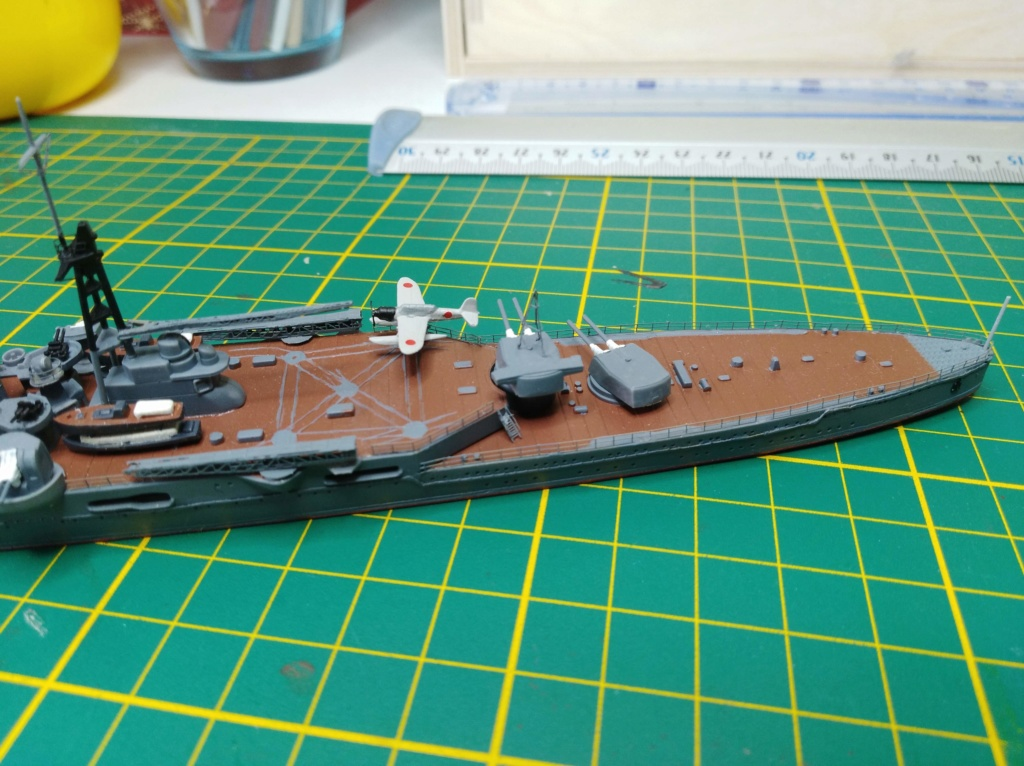 Croiseur Mikuma au 1/700 de chez Tamiya Img_2025