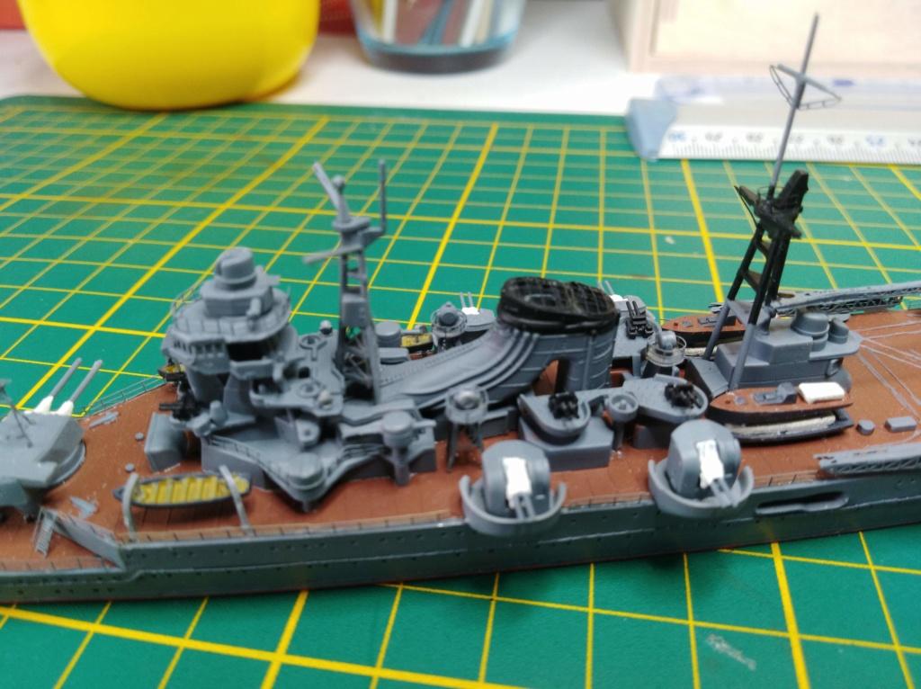 Croiseur Mikuma au 1/700 de chez Tamiya Img_2026