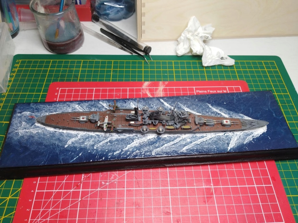 Croiseur Mikuma au 1/700 de chez Tamiya - Page 2 Img_2045