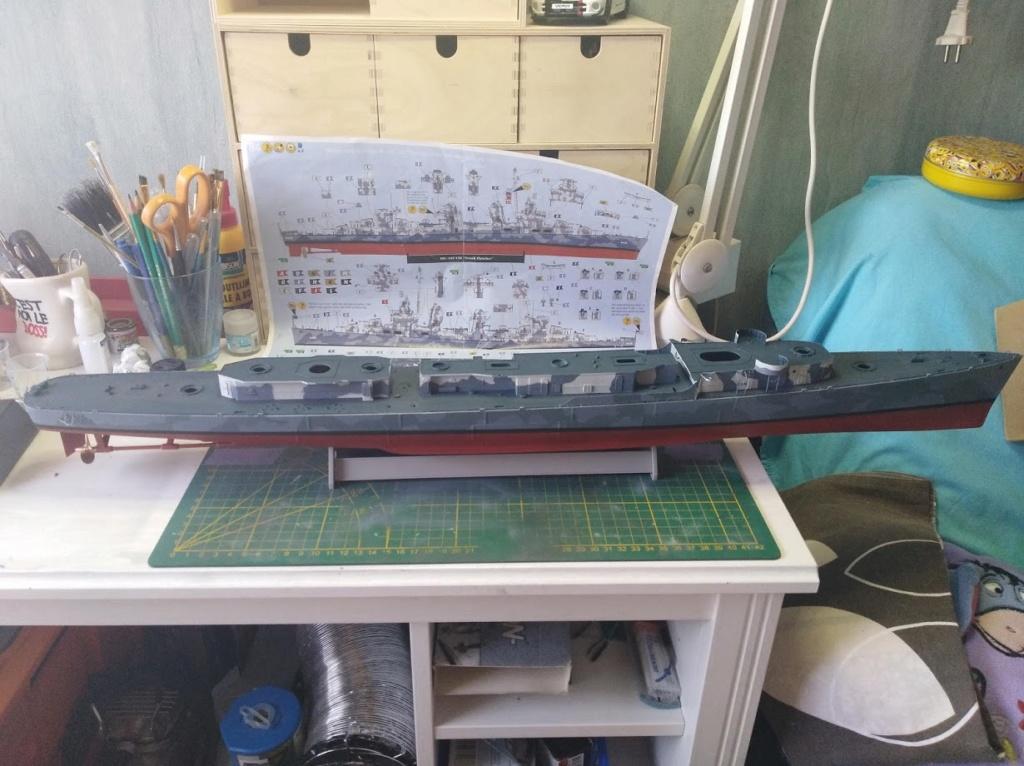 USS Fletcher 1/144 Revell Platinum edition - Page 2 Img_2108