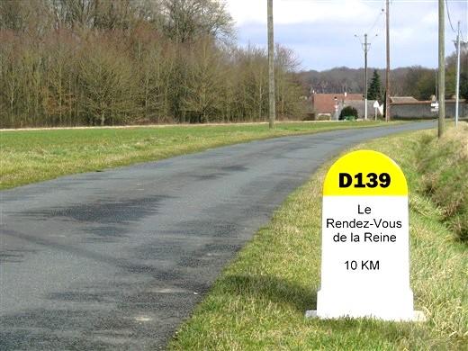 139e Rendez-Vous de la Reine - Rambouillet, 17 mai 2020 Borne_10
