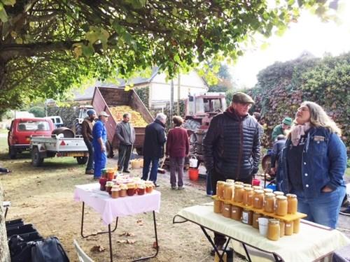 Fête de la Pomme à Chenicourt (28), dimanche 4 novembre 2018 Image111