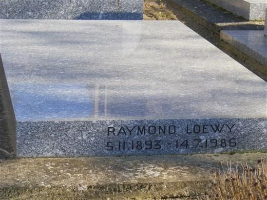 Raymond LOEWY, un designer aux talents multiples Imgp1529