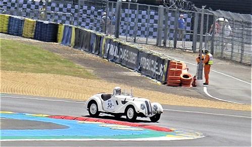 Le Mans Classic 2018 - 6/7/8 juillet 2018 - Page 2 Imgp4122