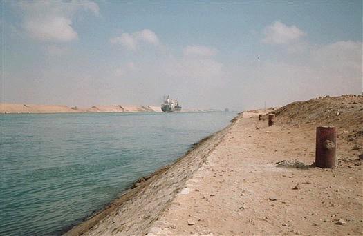Action de saison - Page 3 Suez_011