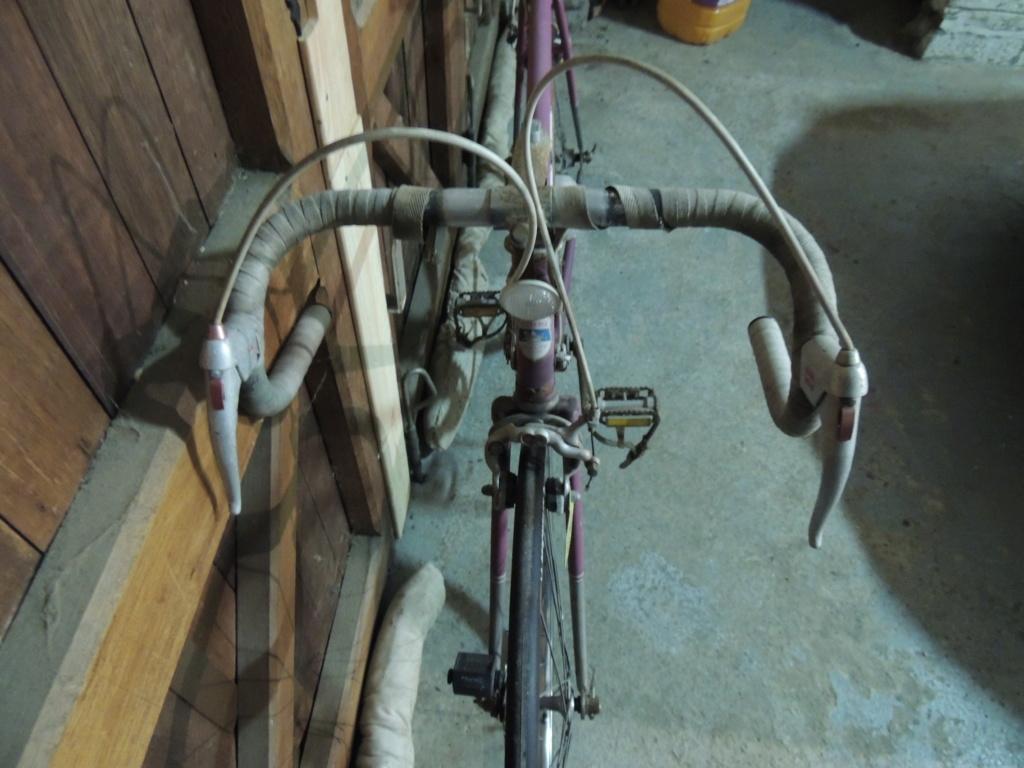 Encore un vélo Belge, un Superia. Restauration terminée :D Dscn2311