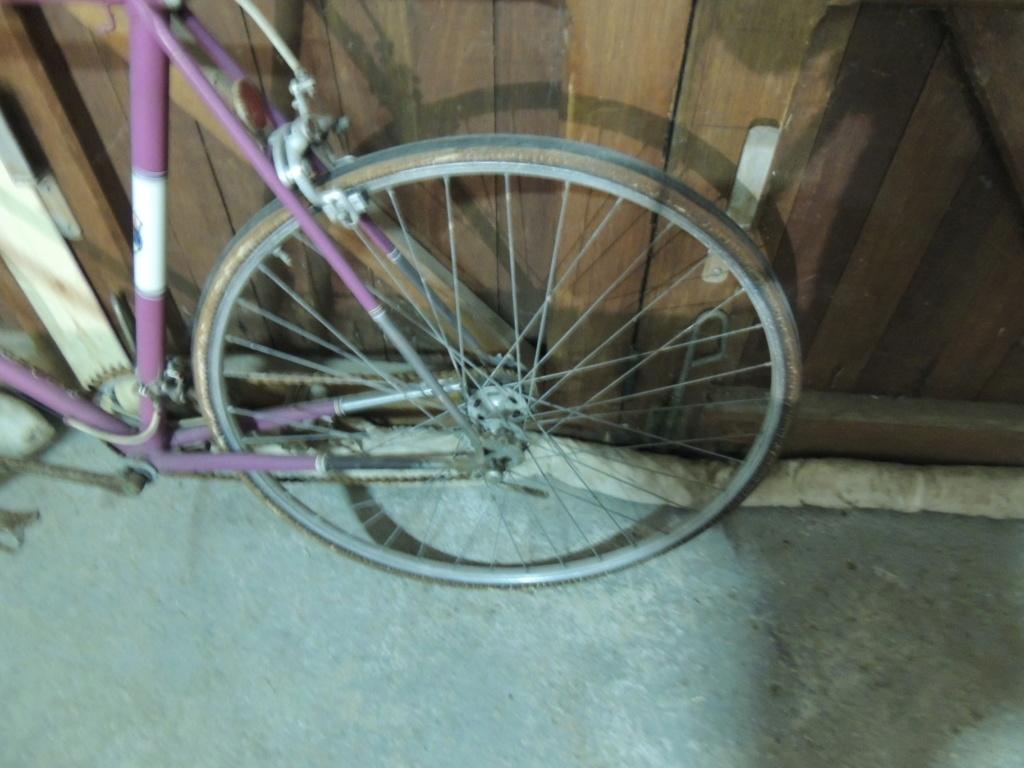 Encore un vélo Belge, un Superia. Restauration terminée :D Dscn2312