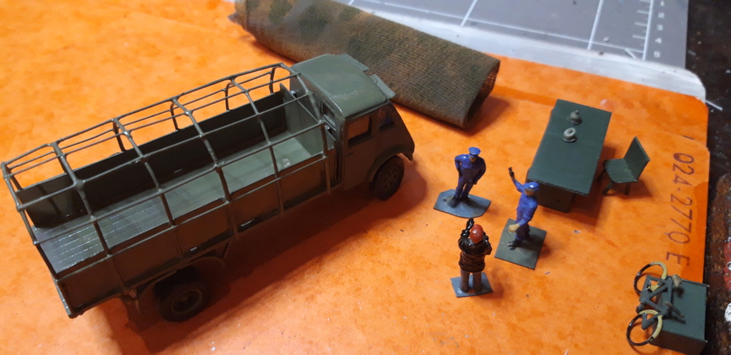 Camion Renault mod 35.. 1/72  marque ACE - Page 3 20210910
