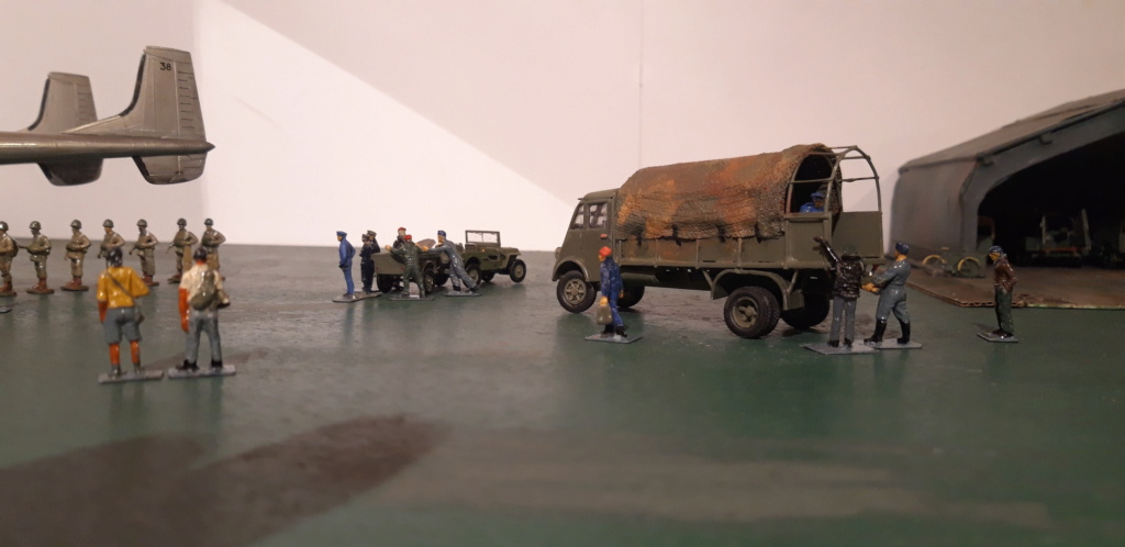 Camion Renault mod 35.. 1/72  marque ACE - Page 4 20210914