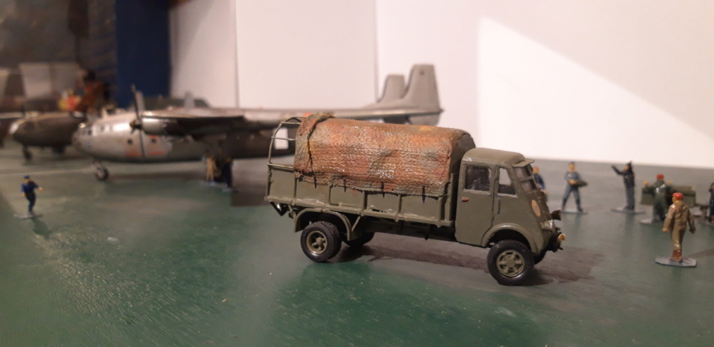 Camion Renault mod 35.. 1/72  marque ACE - Page 4 20210917