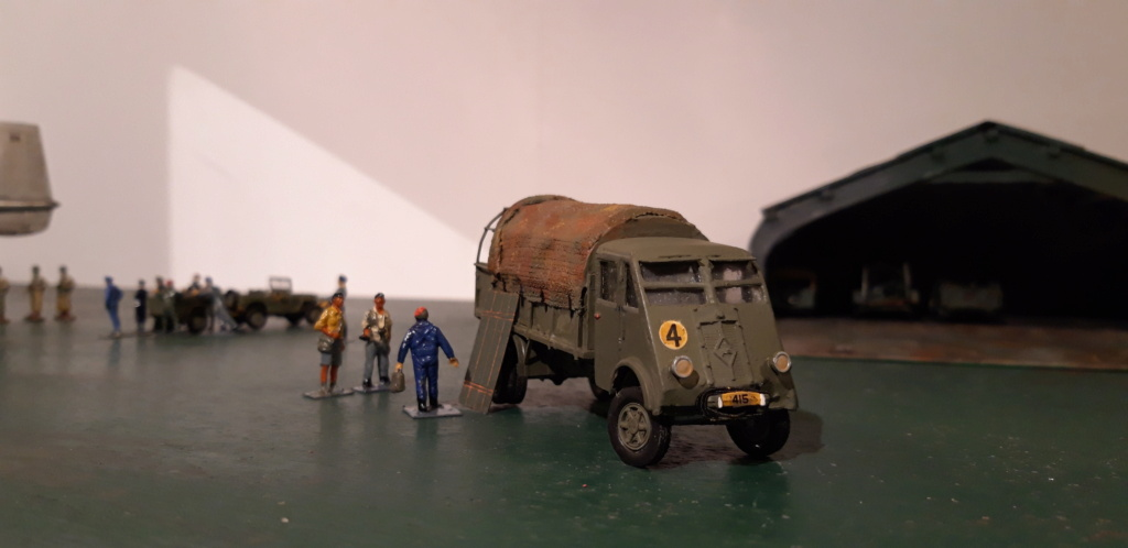 Camion Renault mod 35.. 1/72  marque ACE - Page 4 20210924