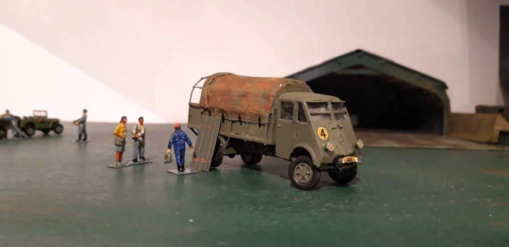 Camion Renault mod 35.. 1/72  marque ACE - Page 4 20210925