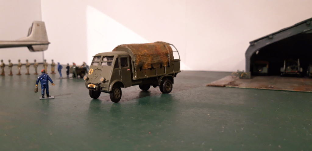 Camion Renault mod 35.. 1/72  marque ACE - Page 4 20210926
