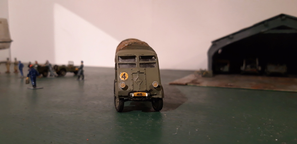 Camion Renault mod 35.. 1/72  marque ACE - Page 4 20210927