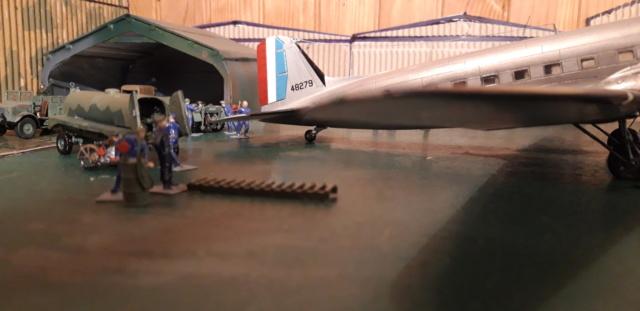 Dakota Airfix 1/72ème nouvelle boite vers 2000...?... - Page 6 Dzopar10