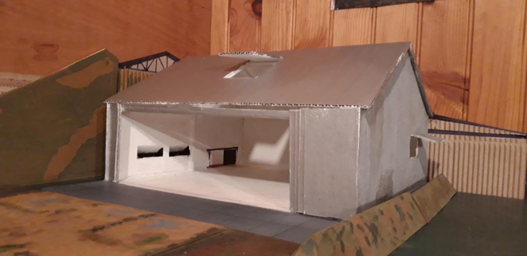 Hangar 1/72 ème pour la campagne de France . Hangar15