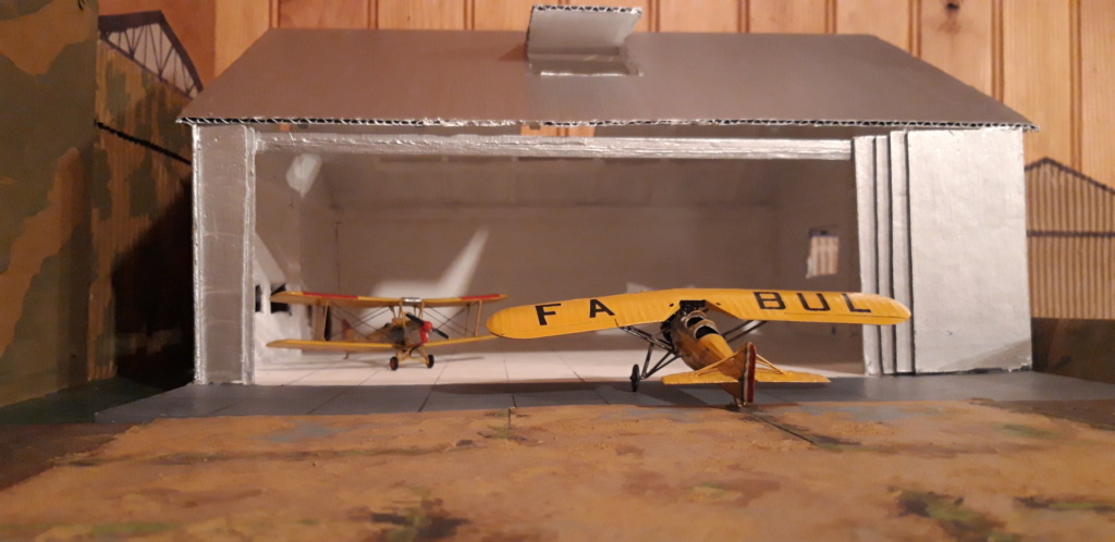 Hangar 1/72 ème pour la campagne de France . Hangar16
