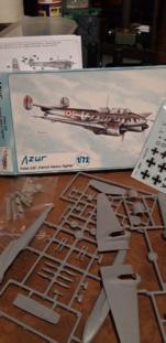 Horsa , planeur au 1/72ème et Potez Azur au 1/72ème aussi . Potez_16