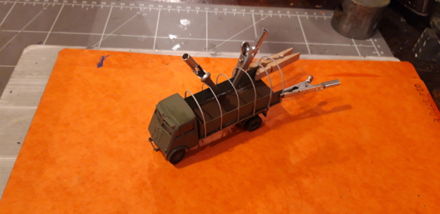 Camion Renault mod 35.. 1/72  marque ACE - Page 3 Renaul10