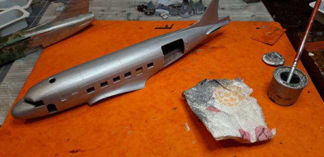 Dakota Airfix 1/72ème nouvelle boite vers 2000...?... - Page 2 Sopali10