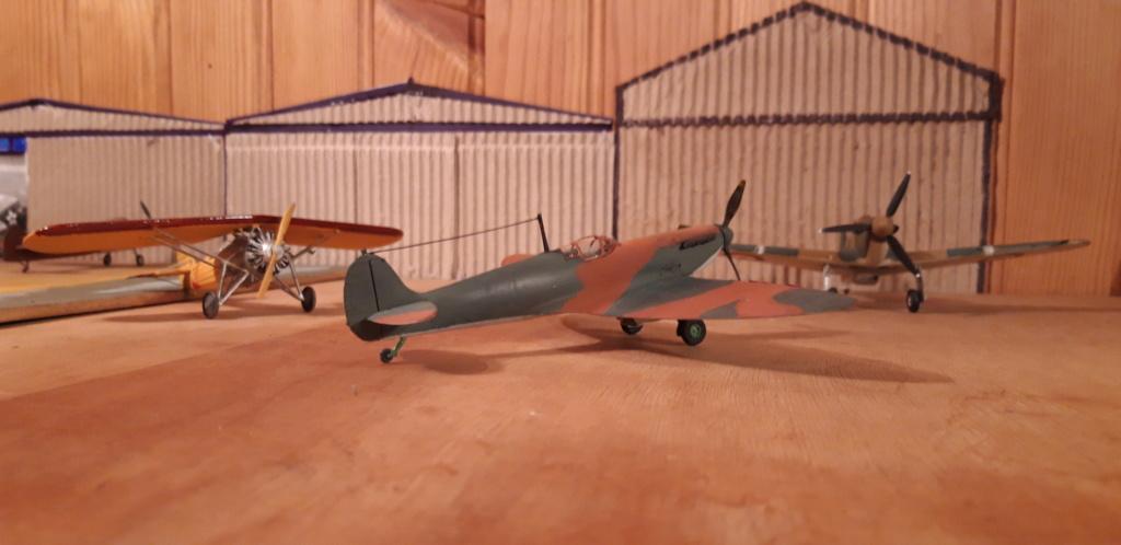 découverte... Spitfire 1A Heller de 19....?... .  - Page 3 Spit_c10