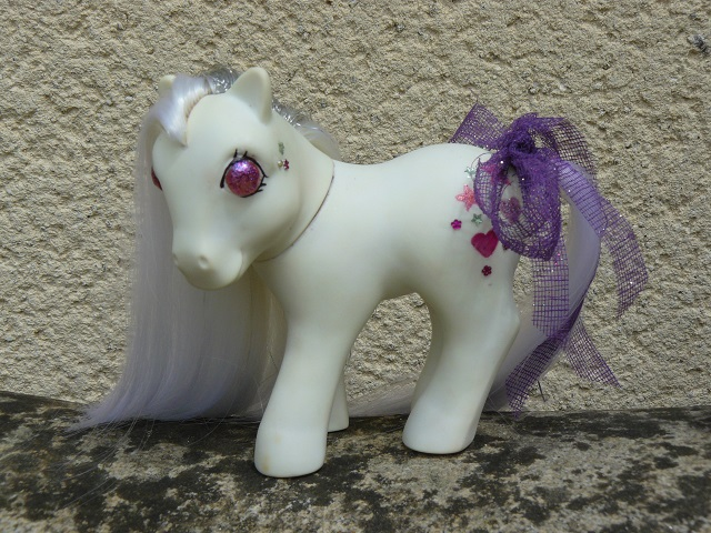 Mes customisations de poneys G1 - Page 3 P1140105