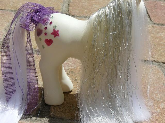 Mes customisations de poneys G1 - Page 3 P1140112