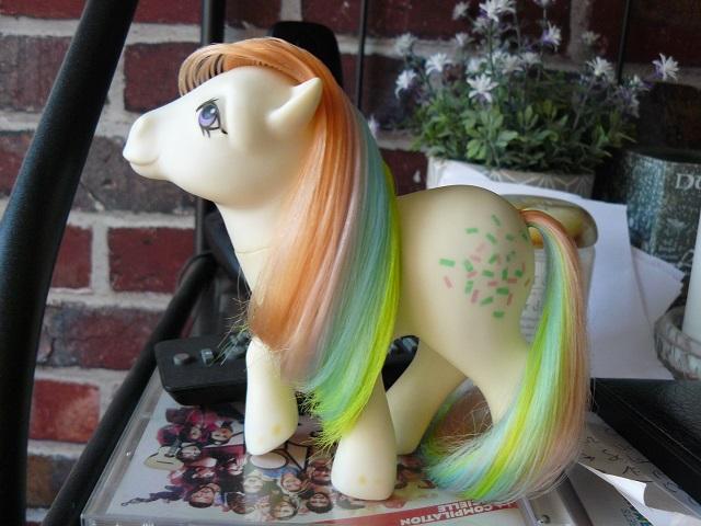 [PHOTOS] Mes restaurations de poney (et de poupées ! ) - Page 17 P1150835