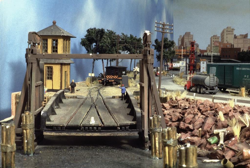 Dio : Free haven harbor terminal (scratch Échelle N) par LE CORRE Christophe Fhht0310