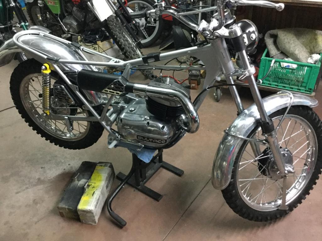 Bultaco Lobito MK 6, 175 cc by Eladius - Página 2 E43e8410