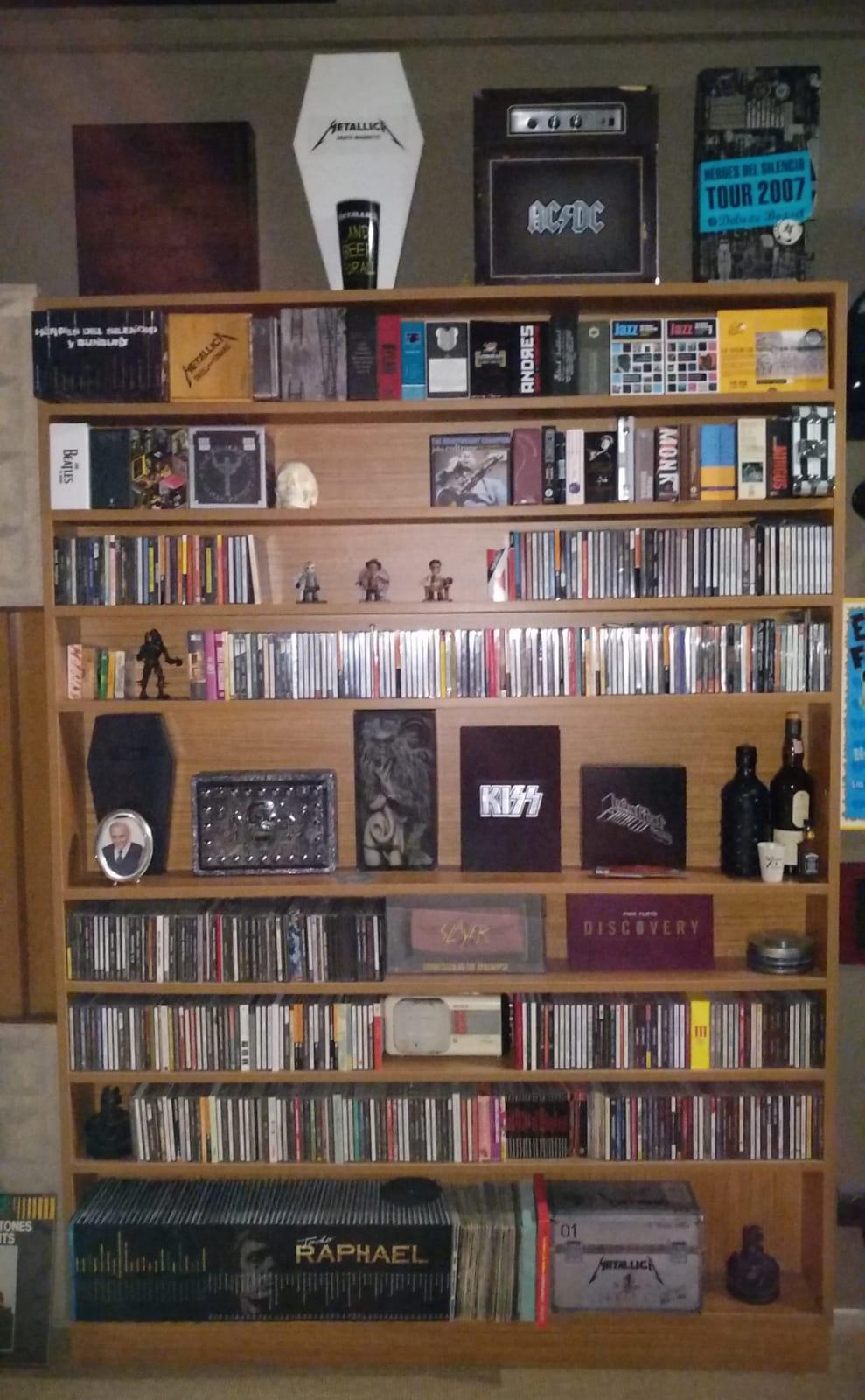 Mueble almacenaje discos Est210
