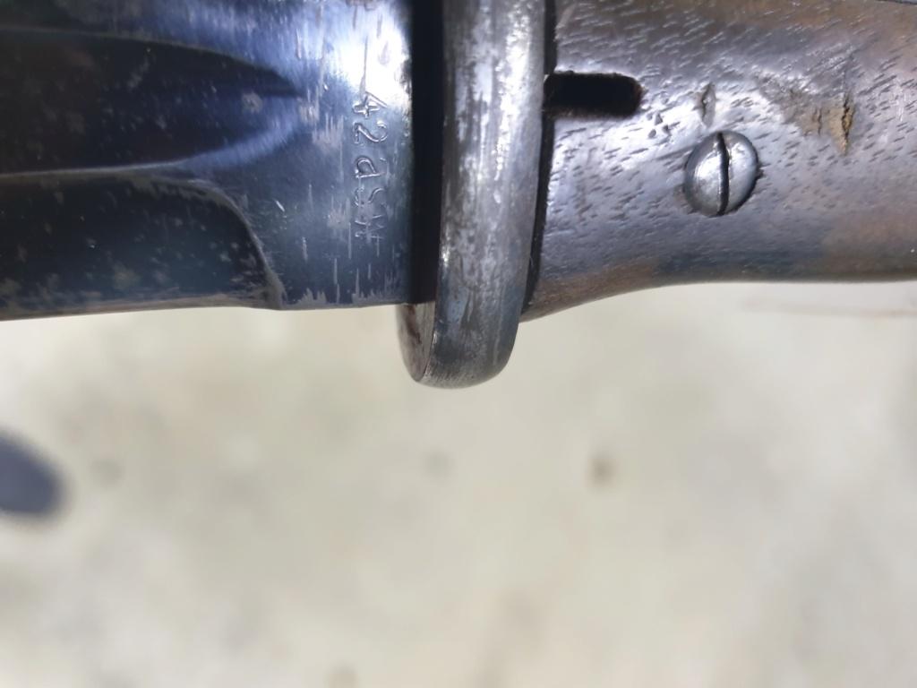 [IDENTIFICATION] Dagues, baïonnettes & couteaux à identifier   B24-c110