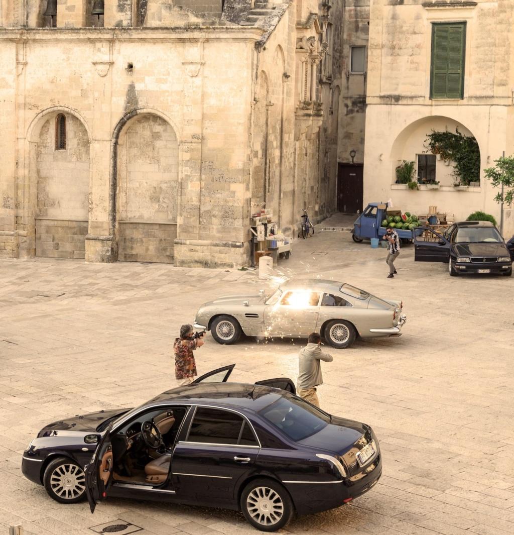 Ad aprile nuovo film 007 ... con la Maserati ! F10d5710