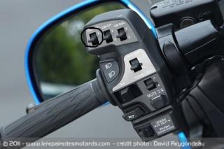 Recuperer inter info du commodo de gauche Honda-11