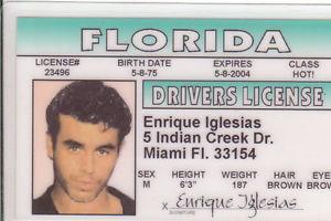 ¿Cuánto mide Enrique Iglesias? - Altura - Real height - Página 2 S-l30010