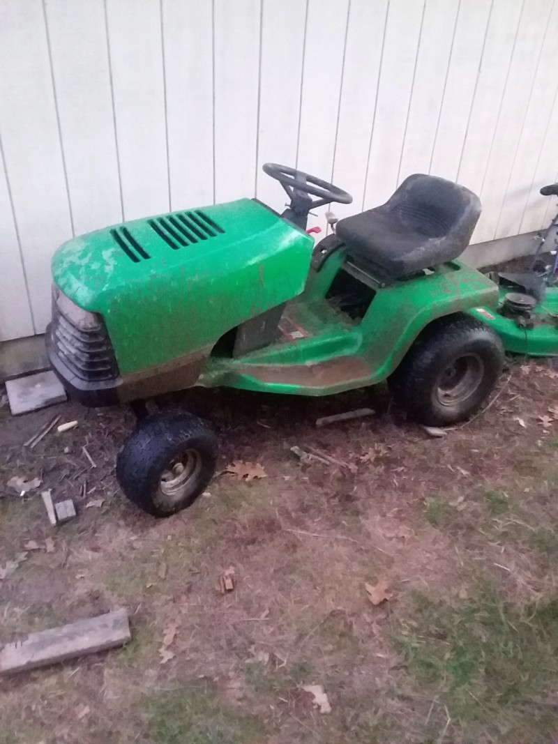 JD Sabre Budget Mower 20190234