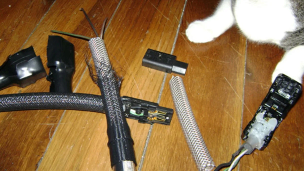 Desmontaje cable red  HiFi.....SORPRESA!! 18s3pv10