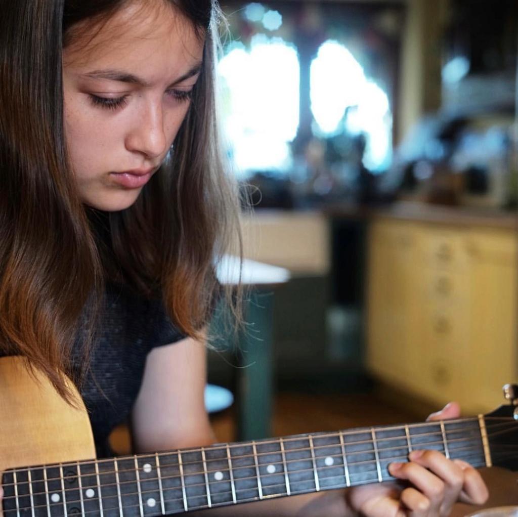 David Gilmour o como hacer de la guitarra algo majestuoso - Página 2 9a359b10