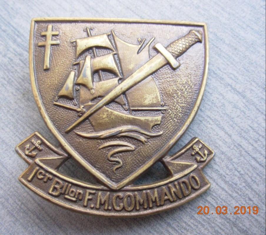 Identification insigne commandos marine  - Page 2 Img_2013