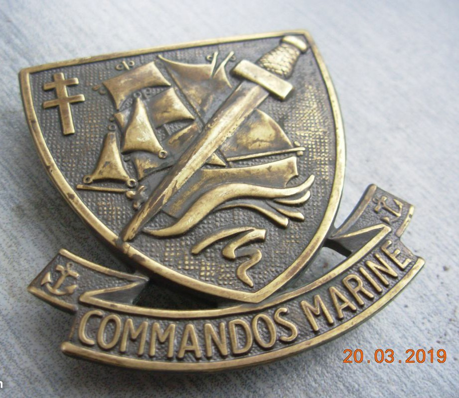 Identification insigne commandos marine  - Page 2 Img_2015