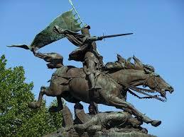 14- Présentation spécifique  des statues  consacrées à Jeanne d'Arc Downlo11
