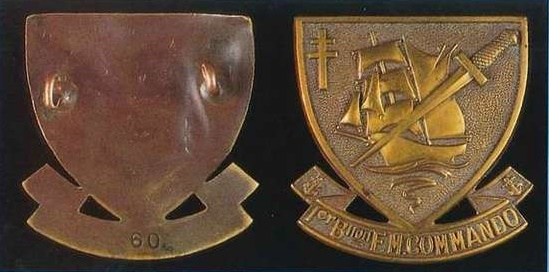 Identification insigne commandos marine  - Page 2 Badge_10