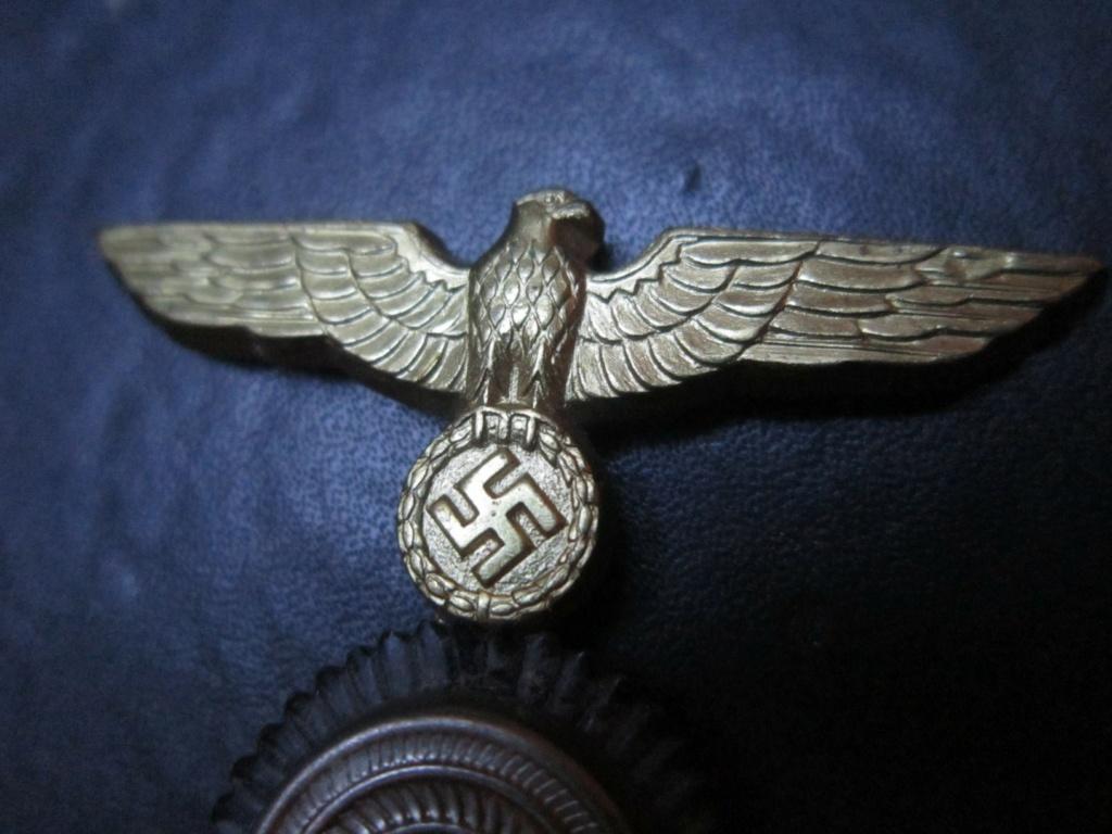 Insigne de coiffe kriegsmarine ?? Info_410