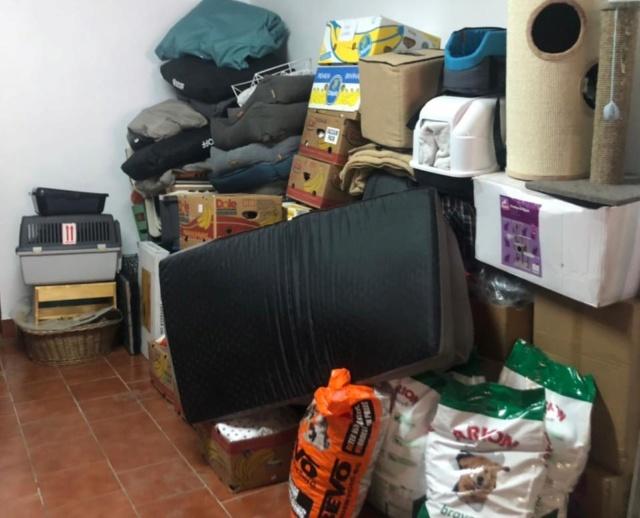 3 pallets voor Huellas con Esperanza 96383610