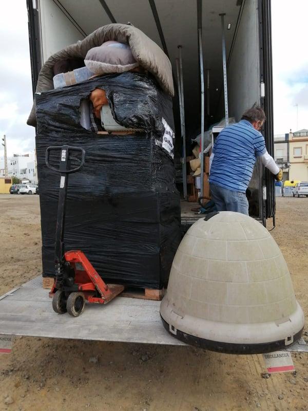 12 dec - 2 pallets aangekomen bij Jimmi Jimmde10