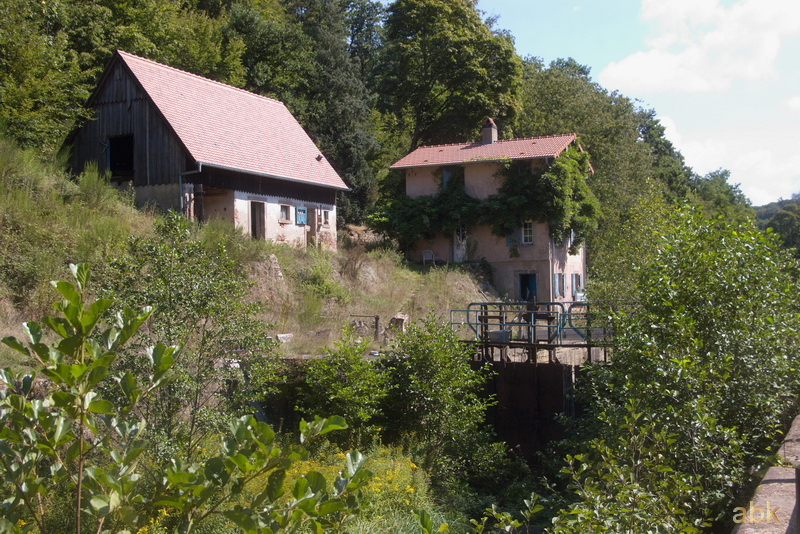La Vallée des Éclusiers à Arzviller (57) - Page 2 27_zoc10