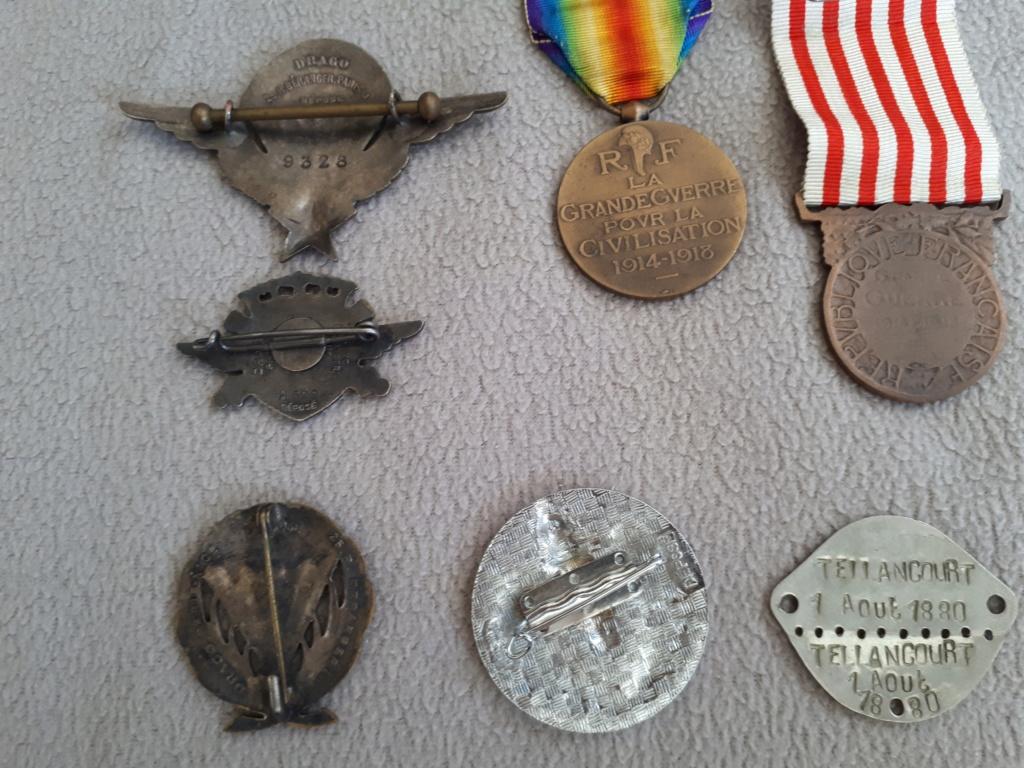 Dde de renseignements insignes et médailles  15868710