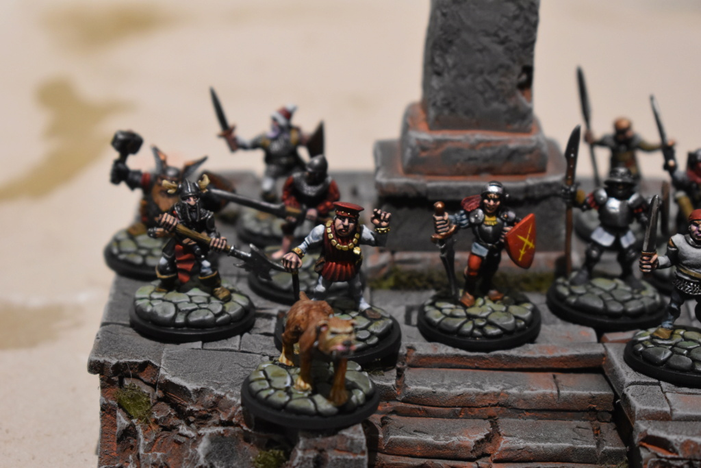 beastmen - New Warband / BEASTMEN Empire in Flames   AND  Wissenlander! Dsc_0176