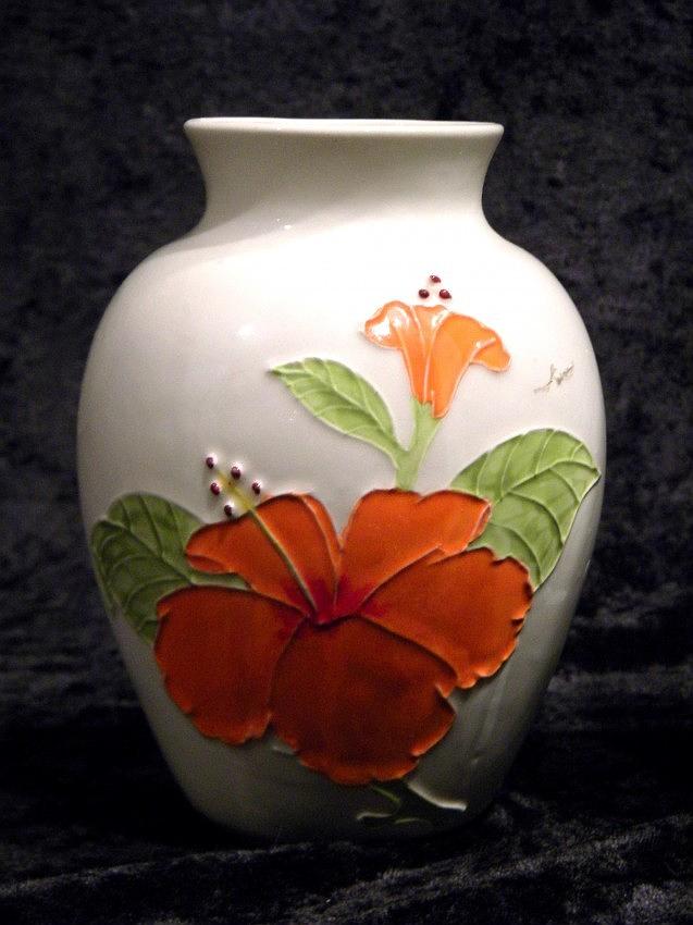 Hawaiian vase, maker unknown Hawaii11